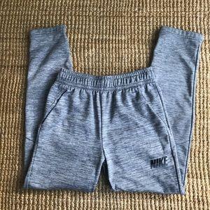 EUC: Nike Dri Fit Fleece Lined Joggers w/ Pockets